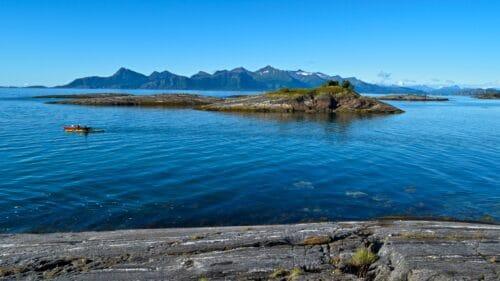 Karlsøyfjorden med Steigen i bakgrunn